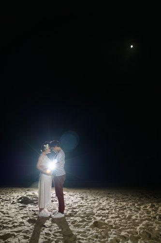 おかっぱミユキ熱海の砂浜で月とマタニティフォト