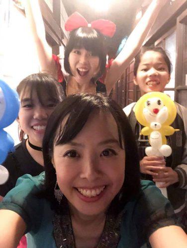 共演したさぁなさんと、風船をもらって喜んでくれた天使達&おかっぱミユキ