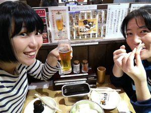 右から田中美穂さん、おかっぱミユキ